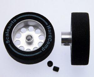 Roda, Scaleauto, de espuma 25.5x8mm Hardcomp para eixo 3mm. Jante alumínio ø17mm